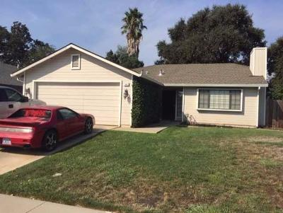 Galt CA Single Family Home For Sale: $340,000