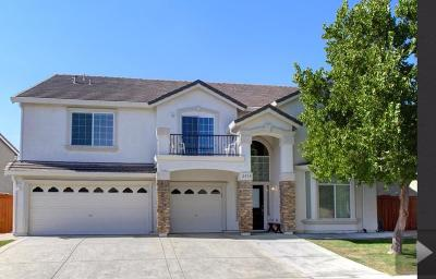Single Family Home For Sale: 2939 Muttonbird Way