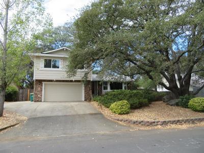 Single Family Home For Sale: 2558 Deer Trail Lane