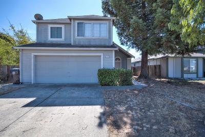 Sacramento Single Family Home Active Short Sale: 5140 Bassett Ave