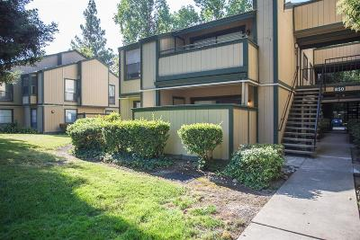 Sacramento Condo For Sale: 850 Del Verde Circle
