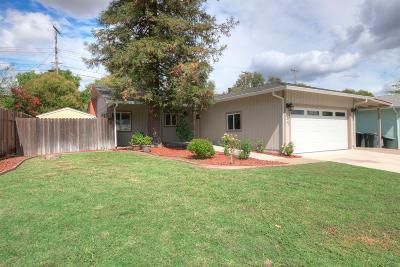 Sacramento Single Family Home For Sale: 5229 Calistoga Way