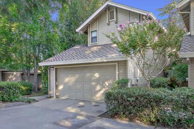 Sacramento Condo For Sale: 2142 University Park Drive