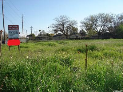 Sacramento Residential Lots & Land For Sale: 5241 Rio Linda Boulevard