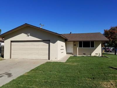 Manteca Single Family Home For Sale: 407 Ore Street