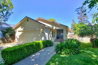 Sacramento Single Family Home For Sale: 1849 41st Street