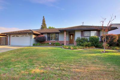 Sacramento Single Family Home For Sale: 1180 56th Avenue