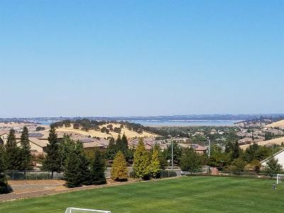 Folsom Condo For Sale: 400 Moon Circle