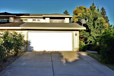 Sacramento Single Family Home For Sale: 4932 Tacomic Drive
