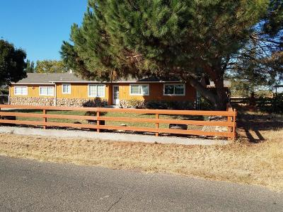 Oakdale Single Family Home For Sale: 9313 Sawyer Avenue