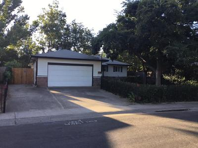 Rancho Cordova Single Family Home For Sale: 10448 Malaga Way