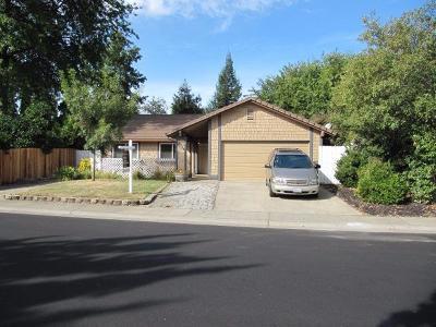 Sacramento Single Family Home For Sale: 2724 Tierra Grande Circle
