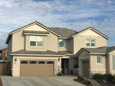 Single Family Home For Sale: 9911 Lousada Drive