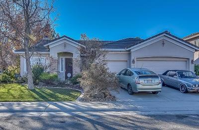 Elk Grove Single Family Home For Sale: 9498 Berkley Glen Way