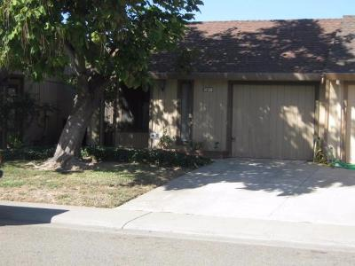 Single Family Home For Sale: 7837 Orchard Woods Circle