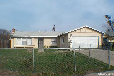 Sacramento County Multi Family Home For Sale: 7688 25th Street #25th