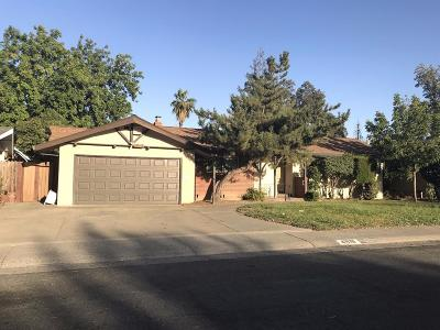 North Highlands Single Family Home For Sale: 4818 Yucca Way