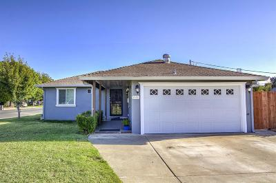 West Sacramento Single Family Home For Sale: 1701 Portsmouth Court