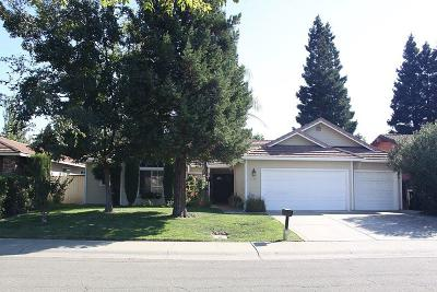 Sacramento Single Family Home For Sale: 729 El Macero Way