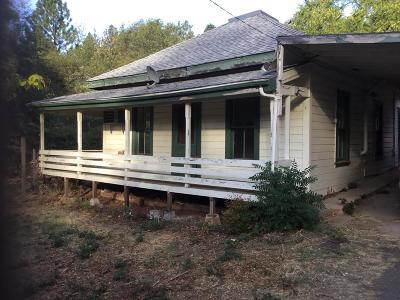 Applegate Single Family Home For Sale: 17401 Applegate Road