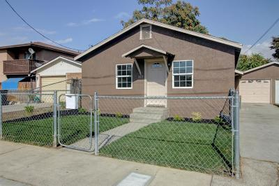 Oakdale Single Family Home For Sale: 317 South 1st Avenue