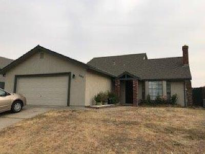 Single Family Home For Sale: 8594 Tiogawoods Drive