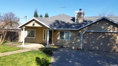 Citrus Heights Single Family Home For Sale: 8048 Holly Drive
