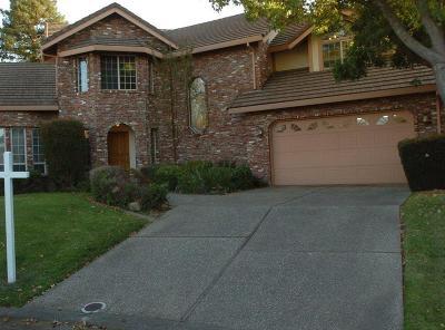 Sacramento Single Family Home For Sale: 16 Bay Side Court