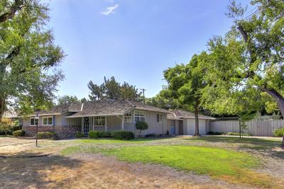 Sacramento Single Family Home For Sale: 1729 Devonshire Road