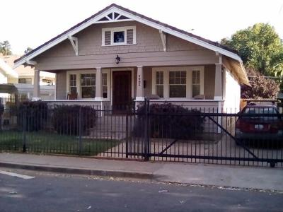 Sacramento Single Family Home For Sale: 3982 8th Avenue