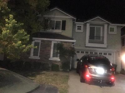 Tracy Single Family Home Active Short Sale: 1023 Bear Place