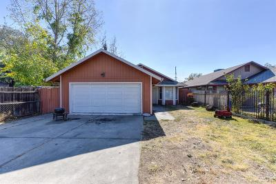 Sacramento Single Family Home For Sale: 3246 23rd Avenue