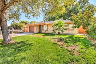 Sacramento Single Family Home For Sale: 2264 Dunlap Drive