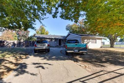 Sacramento Single Family Home For Sale: 7497 Candlewood Way