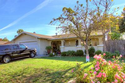 Single Family Home For Sale: 4900 Village Star Drive