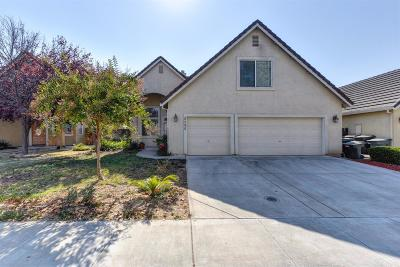 Sacramento Single Family Home For Sale: 8986 Robbins Road
