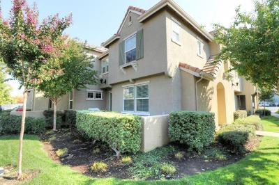 Roseville Condo For Sale: 308 Dante Circle