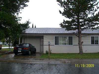 Sacramento Single Family Home For Sale: 2730 53rd Avenue