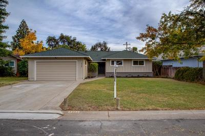 Sacramento Single Family Home For Sale: 4258 Lusk Drive