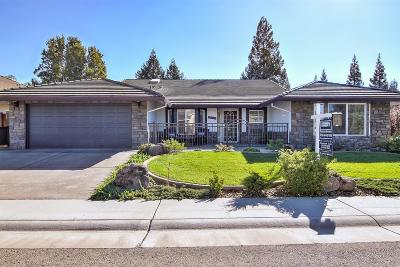 Elk Grove Single Family Home For Sale: 9050 Quail Feather Way