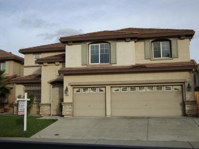 Sacramento Single Family Home For Sale: 8848 Sailfish Bay Circle