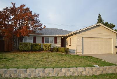Roseville Single Family Home For Sale: 1115 Coloma Way