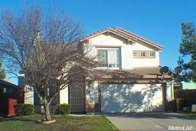 Elk Grove CA Single Family Home For Sale: $393,800