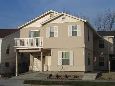 Sacramento County Multi Family Home For Sale: 921 W Street