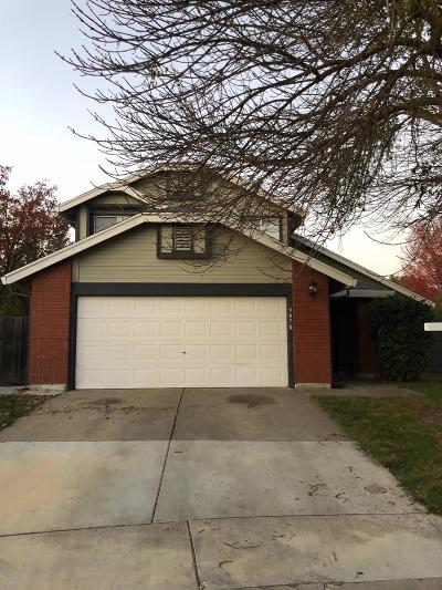 Elk Grove Single Family Home For Sale: 9070 Fanega Court