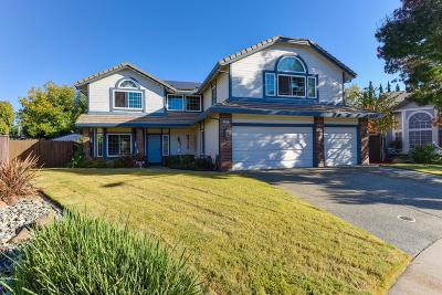 Roseville Single Family Home For Sale: 411 Shiveley Court