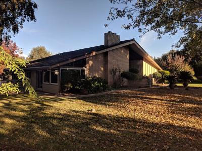 Elk Grove Single Family Home For Sale: 8880 Mackey Road