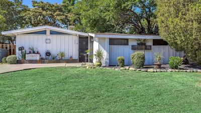 Roseville Single Family Home For Sale: 326 Brentwood Rd