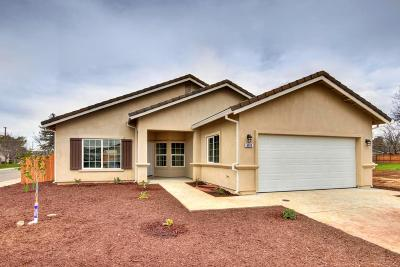 Rio Linda Single Family Home For Sale: 6613 Sunview Way