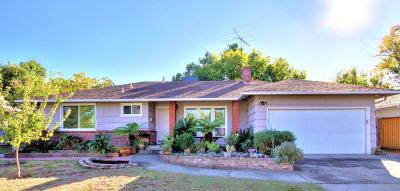Sacramento Single Family Home For Sale: 2414 Catalina Drive